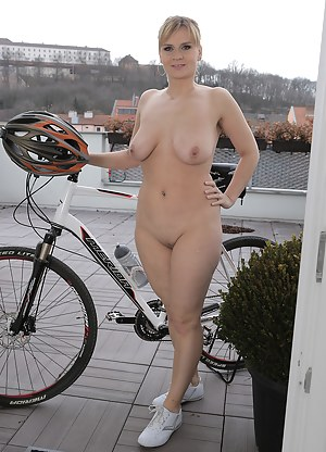 MILF Sports Porn Pictures