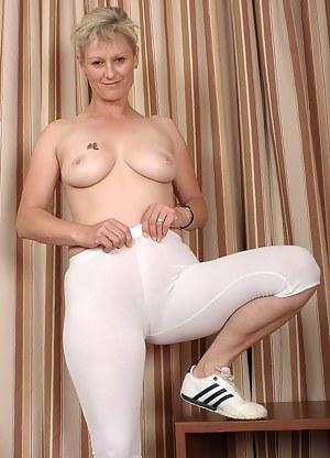MILF Spandex Porn Pictures
