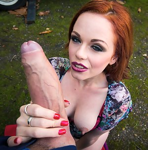 MILF Handjob Porn Pictures
